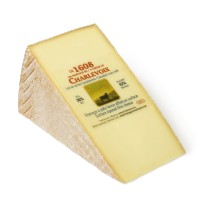 1608 cheese from Quebec 200g
